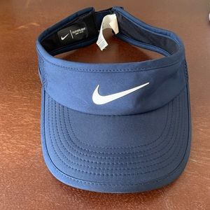 Womens Nike Featherlight Visor